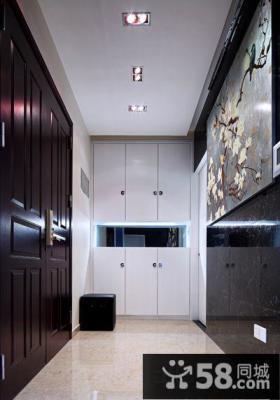 白色门口玄关鞋柜设计图