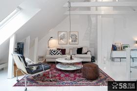 现代风格客厅阁楼装修效果图