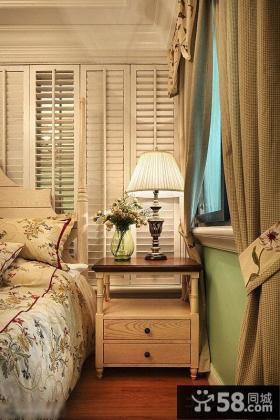 卧室家具时尚床头台灯玻璃灯罩图片欣赏