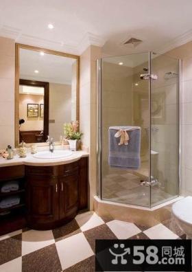 美式风格别墅干湿分离卫生间效果图