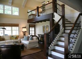 二层别墅木制楼梯装修效果图