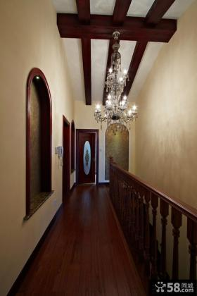 美式风格别墅过道吊顶效果图