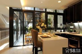餐厅厨房玻璃移门设计