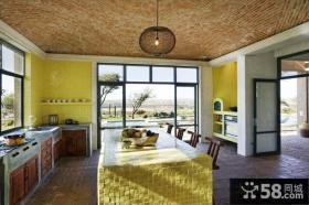 美式乡村风格厨房整体橱柜装修效果图