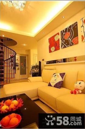 小复式楼客厅装饰画图片