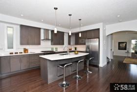 美式开放式厨房吧台设计