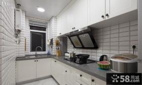 现代风格装修L型厨房设计