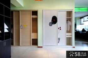 卧室衣柜移门装修效果图片