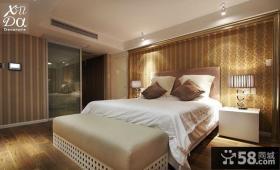 卧室床头壁纸图片