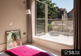 带阳台的卧室装修设计