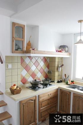 田园风格复式家居厨房装饰效果图