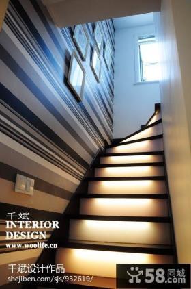 楼梯设计黑白条纹壁纸背景墙