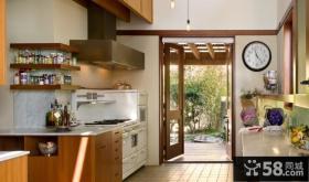 日式复式家庭厨房装修