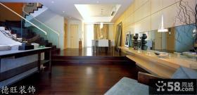 复式公寓客厅木地板装修效果图片