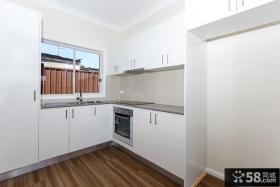 简约4平米L型小厨房设计
