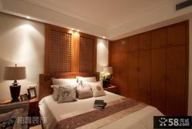 中式风格卧室实木衣柜效果图