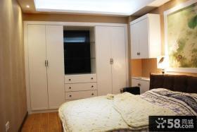 卧室靠窗大衣柜图片