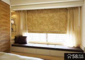 现代简约风格卧室飘窗装修图片