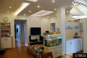 小户型客厅雕花吊顶装修效果图
