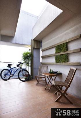 简约风格复式阳台装饰效果图