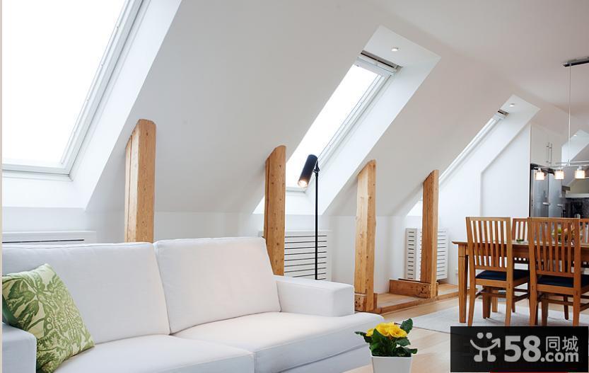 斜顶客厅装修效果图