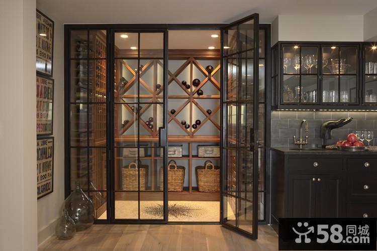 时尚玻璃酒柜设计