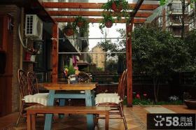小别墅家庭室外阳台家具图片