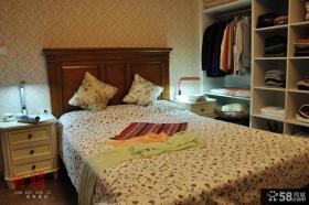 卧室床头背景墙墙纸效果图