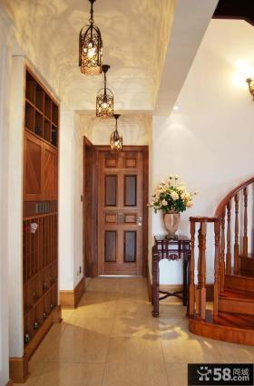 复式豪华别墅室内门效果图