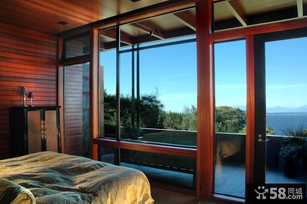 卧室阳台推拉门装修效果图