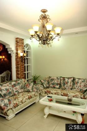 欧式田园风格复式楼客厅吊灯效果图