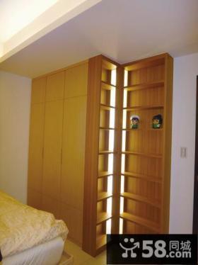 日式公寓卧室衣柜装修效果图片