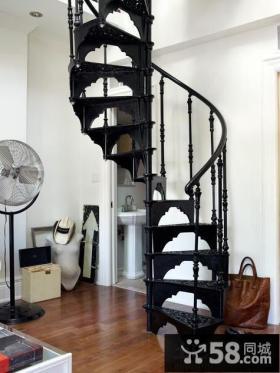 英式风格旋转楼梯设计图