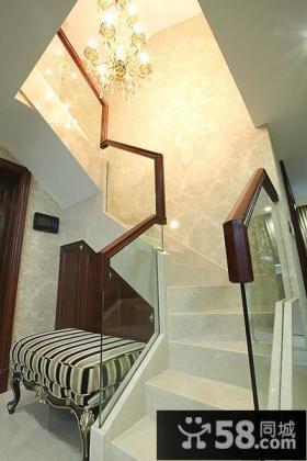 公寓式复式楼梯设计