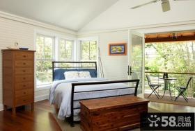 主卧室带阳台装修效果图