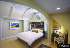 简约欧式风格卧室装修图
