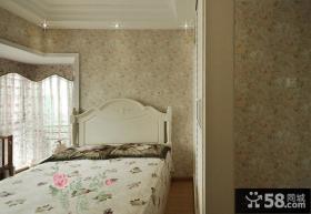 田园风格卧室碎花壁纸图片欣赏