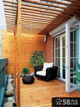 客厅带阳台装修图片