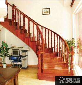 复式楼旋转楼梯设计