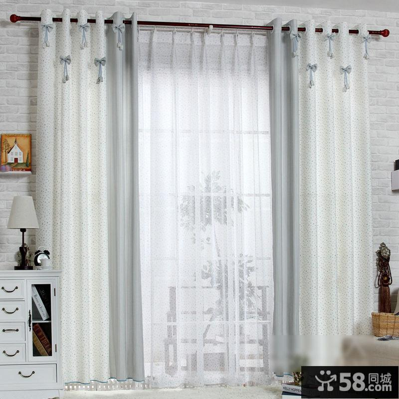 简约素色客厅阳台窗帘效果图