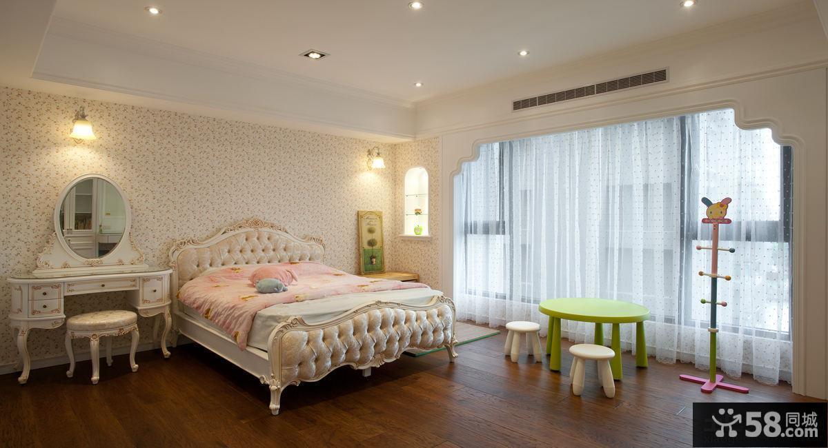 时尚别墅大阳台卧室装修效果图