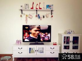 现代风格小户型电视背景墙装饰图片