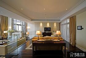 欧式别墅客厅硬包电视背景墙装修效果图