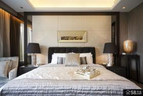 现代家居卧室床头背景墙装修图