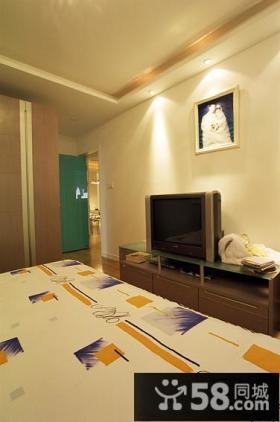 现代简约风格卧室电视背景墙装修效果图片欣赏