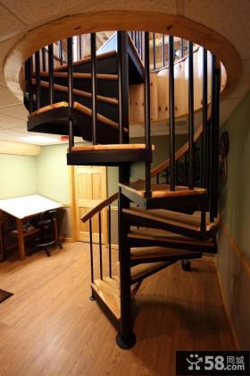 旋转铁艺家装楼梯