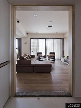 美式简约客厅玄关设计图片