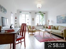 70㎡现代小户型温馨的客厅装修效果图