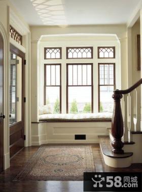 楼梯间窗户装修效果图