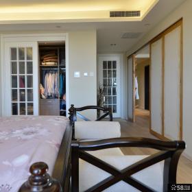 现代中式卧室衣柜装修案例